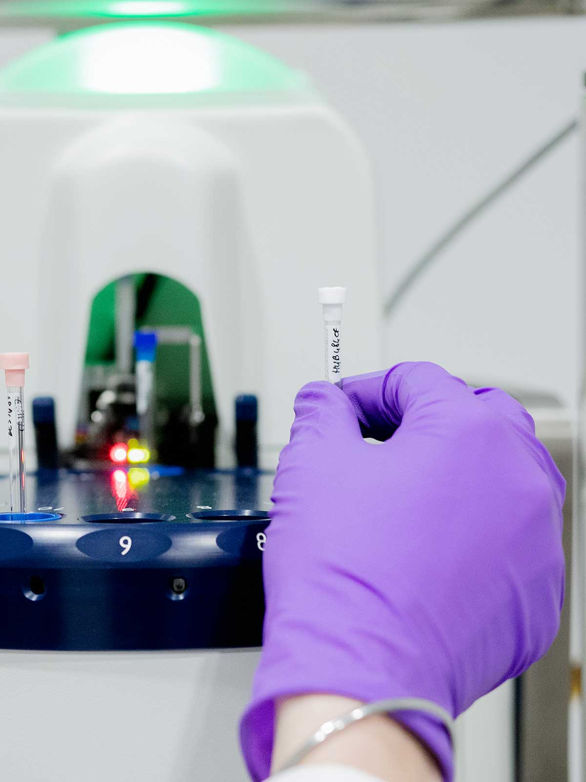physico-chemical analyses with nmr at SPECIFIC POLYMERS